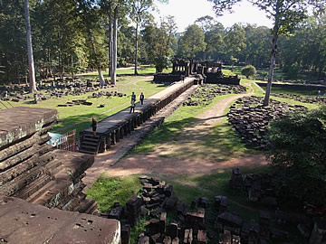 Angkor Thom: Baphuon Temple